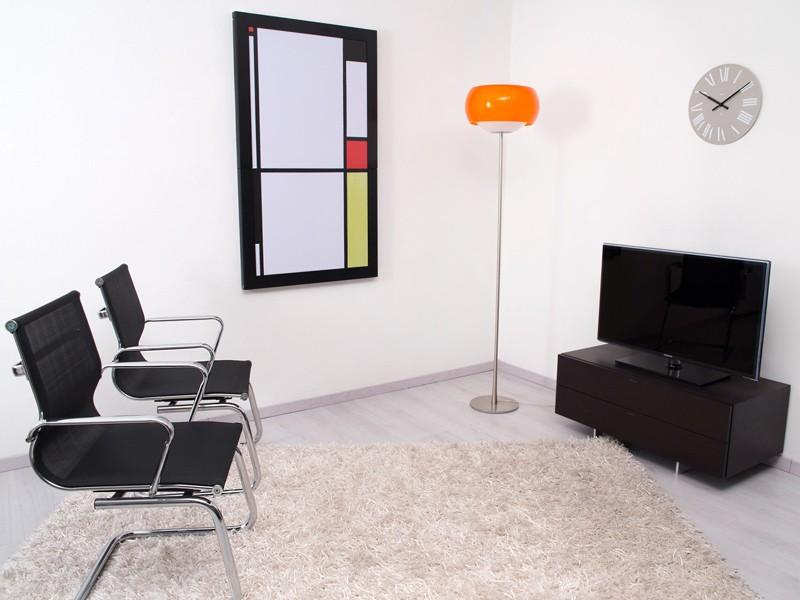 Tavolo ribaltabile da parete vengi new table concept - Tavolo quadro a parete ...