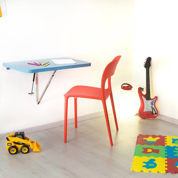[cml_media_alt id='2342']Small wall mounted folding table[/cml_media_alt]
