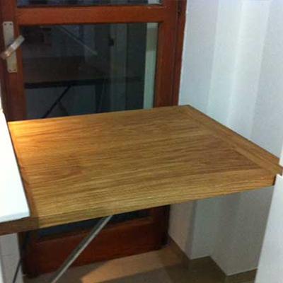 Una nuova idea di tavolo a scomparsa per spazi impossibili for Tavolo a ribalta mondo convenienza