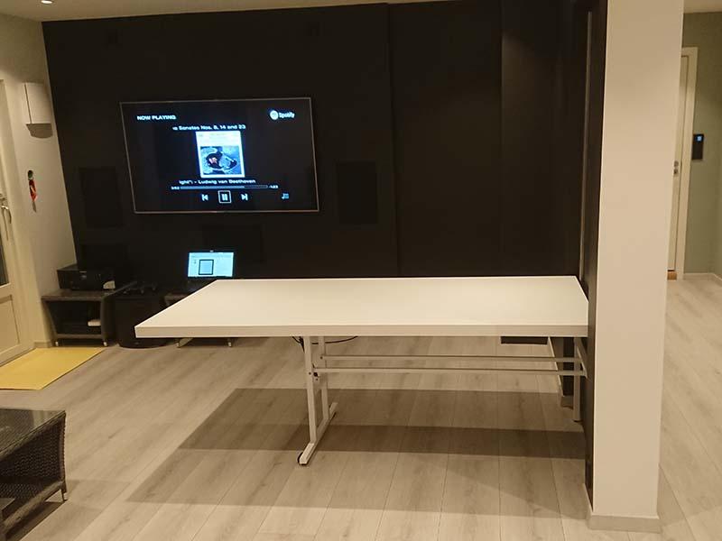 [cml_media_alt id='2723']folding-wall-table-out[/cml_media_alt]